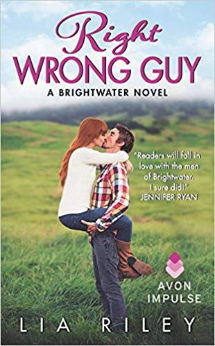 Right Wrong Guy by Lia Riley