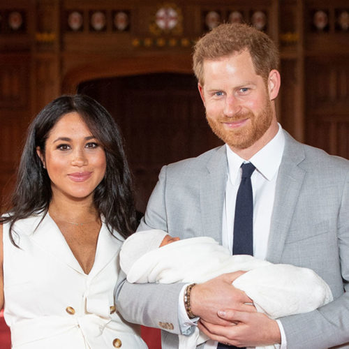EMBARGOED to 1240 WEDNESDAY MAY 08 2019. The Duke and Duchess of Sussex with their baby son, who was born on Monday morning, during a photocall in St George's Hall at Windsor Castle in Berkshire. PRESS ASSOCIATION Photo. Picture date: Wednesday May 8, 2019. See PA story ROYAL Baby. Photo credit should read: Dominic Lipinski/PA Wire